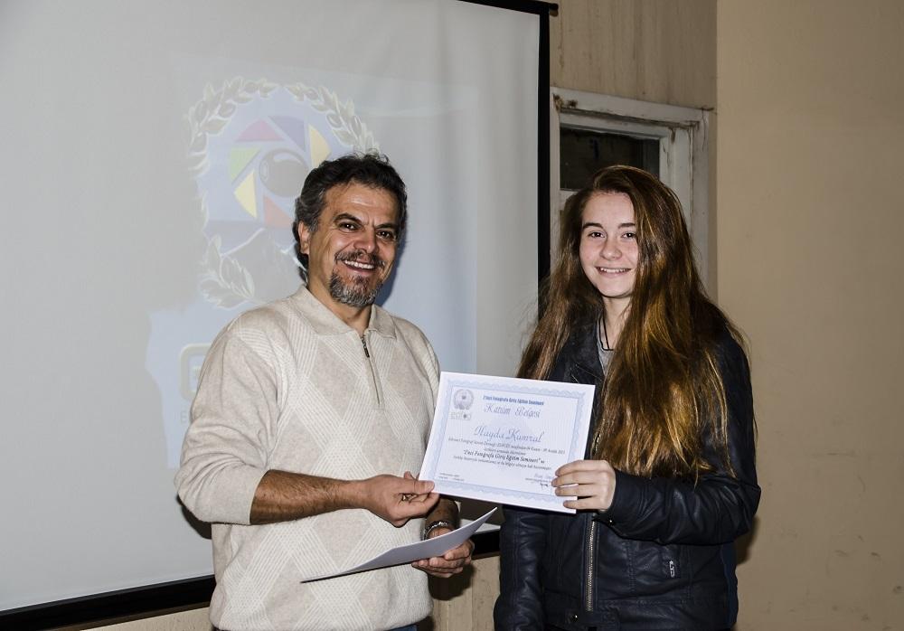 Eğitim seminerimize katılanlar sertifikalarını aldı